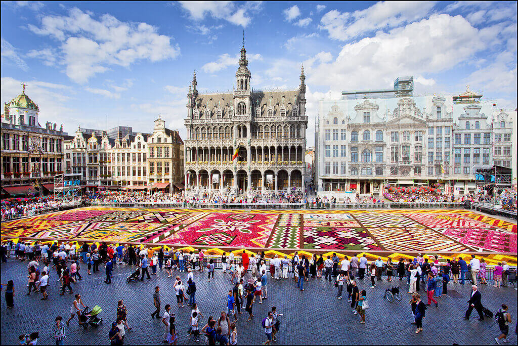 Buy BRUSSELS domain name